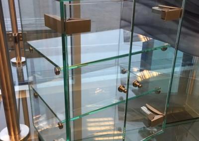 Glasskåp - 600 x 600