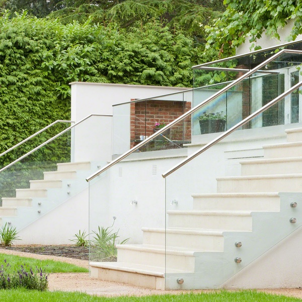 Fixpointräcke i två trappor - 600 x 600