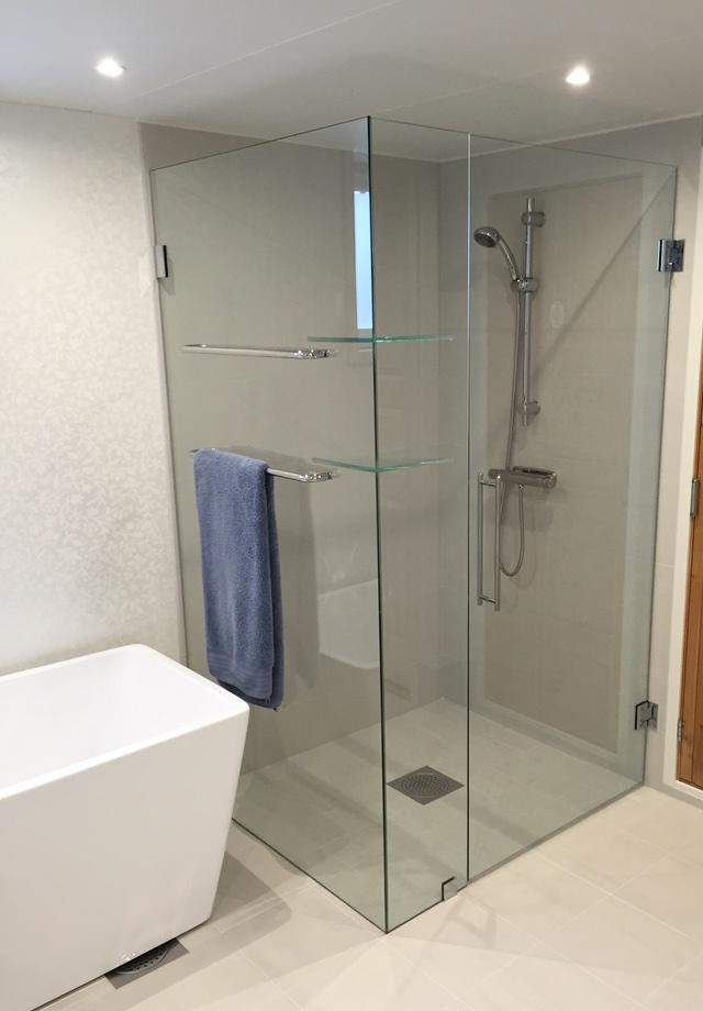UV-dusch - 640 x 920